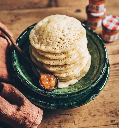 Przepis - Marokańskie naleśniki z kwiatem pomarańczy i dżemem morelowym<br /> <strong>Bonne Maman</strong>  - Bonne Maman