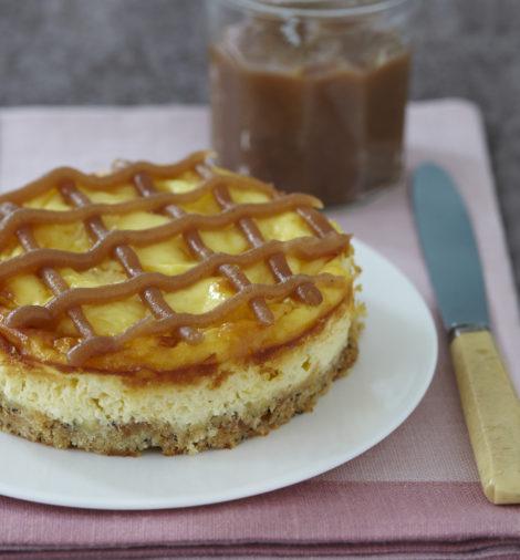 Sernik z ciasteczkami i kremem kasztanowym