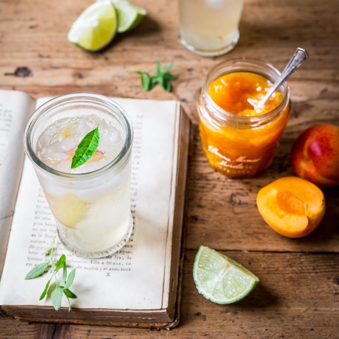 Mocktail z konfiturą morelową